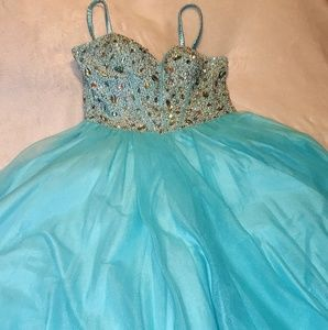 Terani couture glamour full length prom dress